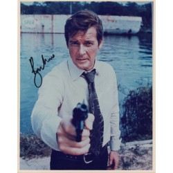 Roger Moore  James Bond genuine authentic autograph signed photo.