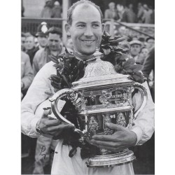 Stirling Moss F1 Vanwall genuine signed authentic signature photo