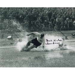 Tom Finney 'Splash' genuine authentic autograph signed photo.