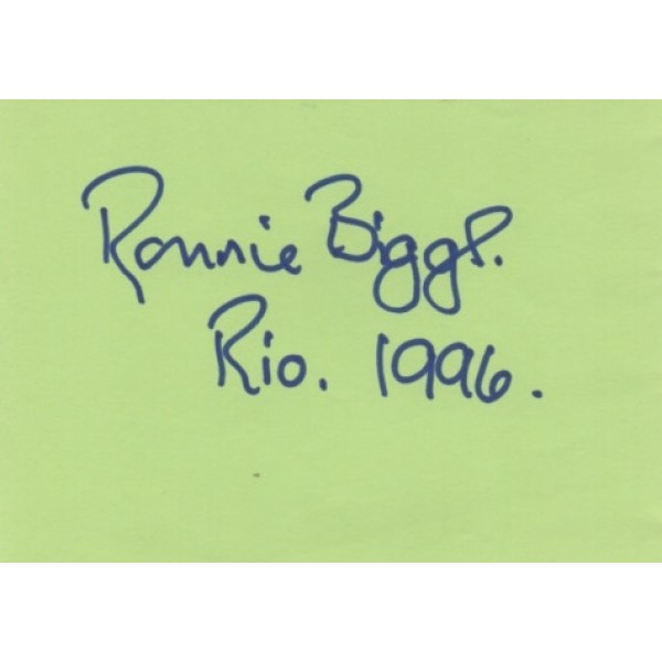 Ronnie Biggs Great Train Robbery authentic genuine signed page