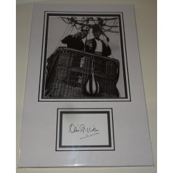 David Niven genuine authentic autograph signature photo display