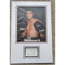 Muhammad Ali genuine authentic signed autograph photo display COA UACC RACC