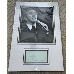 Andy Williams genuine authentic autograph signature photo display