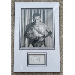 Kirk Douglas signed authentic genuine signature autograph display COA RACC UACC