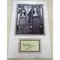 Ingrid Pitt + Madeline Smith signed genuine signature autograph display