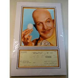 Vincent Price Batman signed genuine signature autograph display RACC