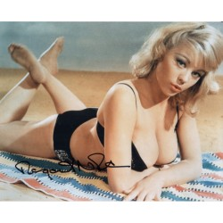 Carry On Margaret Nolan genuine signed authentic signature photo UACC