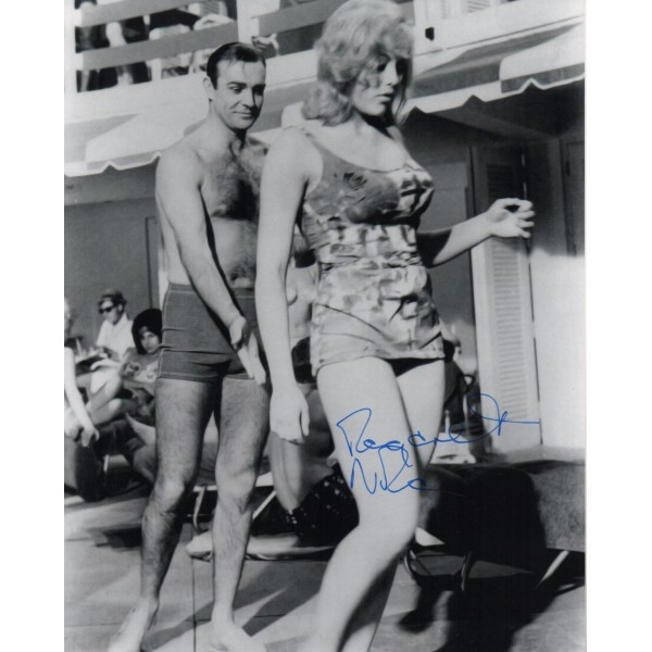 James Bond Margaret Nolan genuine signed authentic signature photo COA UACC