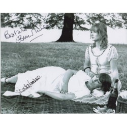 Glenda Jackson Jennie Linden genuine authentic autograph signed photo