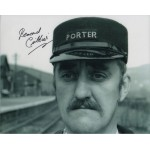 Bernard Cribbins Railway Children genuine signed autograph photo