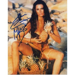 James Bond Caroline Munro signed original genuine autograph authentic photo