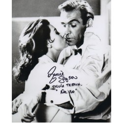 James Bond Eunice Gayson signed autograph photo 2