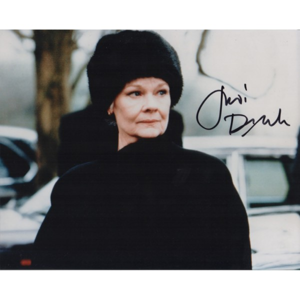James Bond Judi Dench signed authentic autograph photo