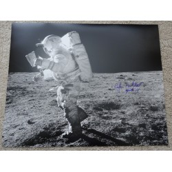 Edgar Mitchell Apollo 14 space genuine authentic autograph signed photo