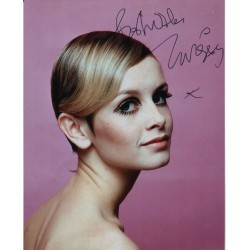 Twiggy Leslie Hornby model genuine authentic autograph signed photo
