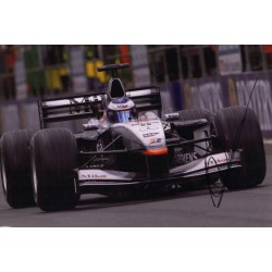 Mika Hakkinen F1 McLaren authentic genuine signed image COA UACC AFTAL