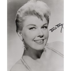 Doris Day genuine signed authentic signature photo COA UACC AFTAL