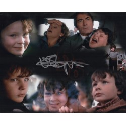 Harvey Stephens The Omen signed genuine signature autograph 4 UACC
