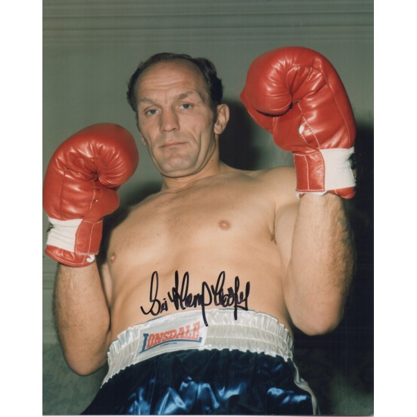 Boxing Henry Cooper signed autograph photo.
