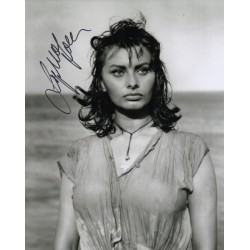 Sophia Loren genuine signed authentic autograph photo