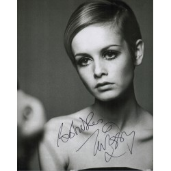 Twiggy  authentic genuine signed autograph photo COA UACC