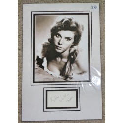 Billie Whitelaw authentic signed genuine autograph photo display
