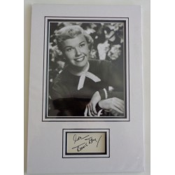 Doris Day authentic signed genuine autograph photo display