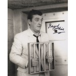 Bernard Cribbins Carry on etc genuine signed autograph photo COA