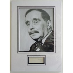 H G Wells authentic signed genuine autograph photo display
