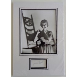 Janet Leigh Psycho genuine authentic signed autograph display.
