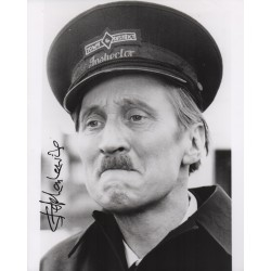 Stephen Lewis On the Buses signed genuine autograph authentic photo