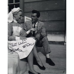 Shirley Eaton Doctor authentic genuine signed autograph photo COA 2