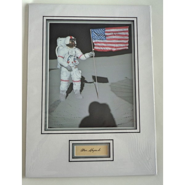 Alan Shepard Apollo signed genuine signature autograph display