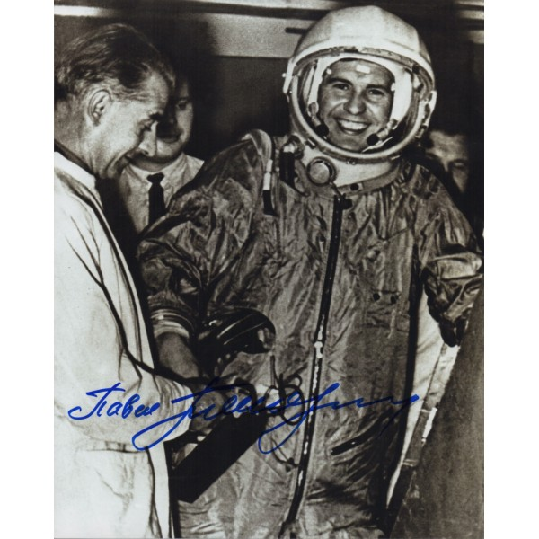 Cosmonaut Popovitch space genuine signed autograph photo