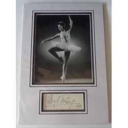 Margot Fonteyn ballet signed authentic genuine signature autograph display