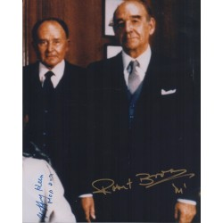 Robert Brown Geoffrey Keen James Bond genuine signed signature photo