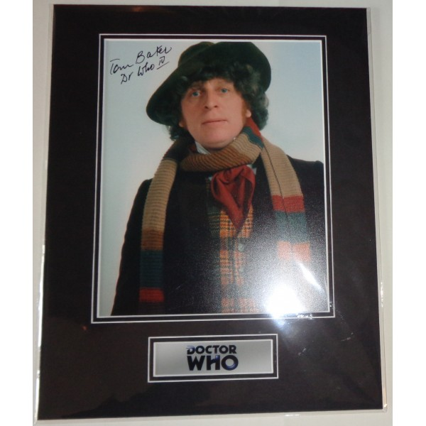 Tom Baker Doctor Who signed genuine signature authentic photo display