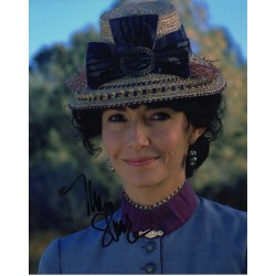 Mary Steenburgen BTTF signature genuine signed authentic signature photo COA