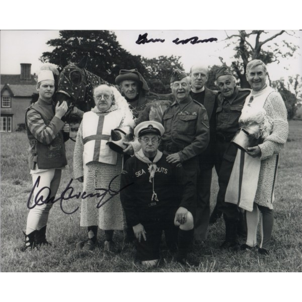 Ian Lavender Frank Williams Dads Army authentic signed signature photo