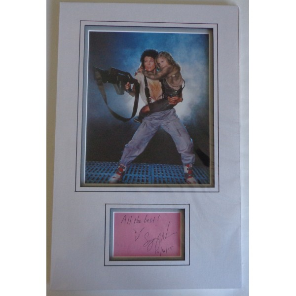 Sigourney Weaver authentic genuine signature signed autograph display photo