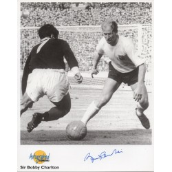 Bobby Charlton Man United England genuine authentic signed autograph