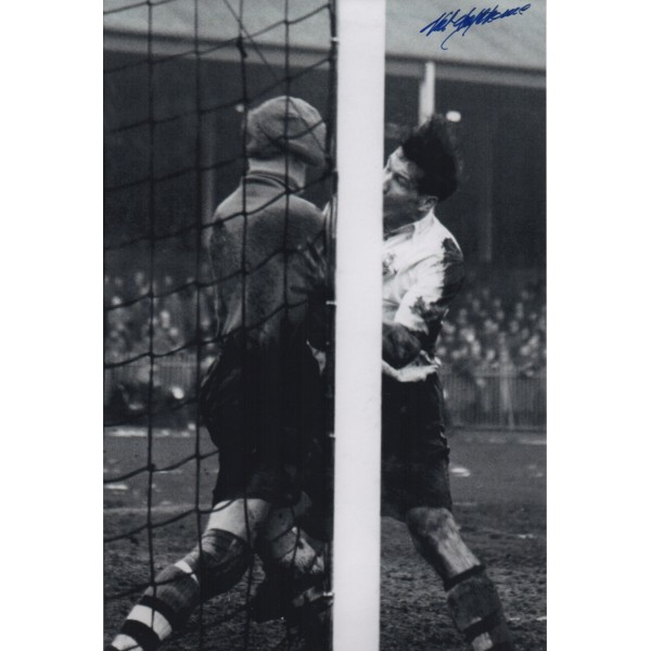England Football Nat Lofthouse signed autograph photo 4