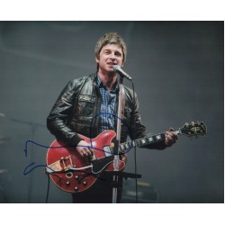 Noel Gallagher Oasis signed genuine signature autograph photo AFTAL UACC