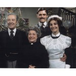 Simon Williams Upstairs Downstairs genuine authentic autograph signed photo