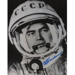 Andrian Nikolayev cosmonaut signed Genuine signature photo