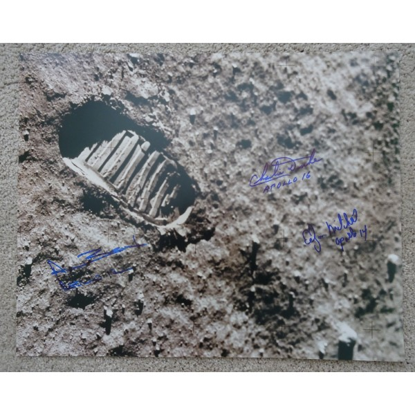 Apollo 12  15 16 First footprint authentic signed Genuine signature photo COA UACC