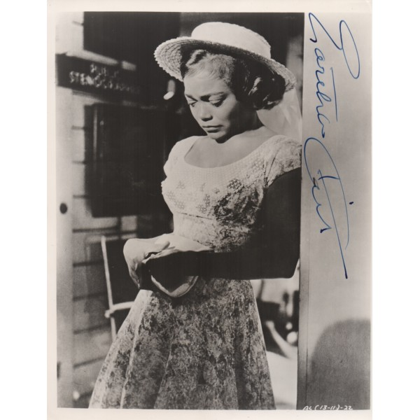 Eartha Kitt genuine signed authentic autograph photo