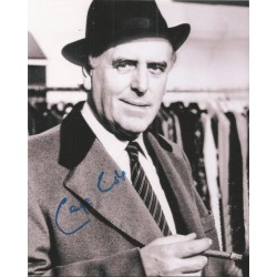 George Cole as Arthur Daley in Minder signed 10 x 8 photoAK129