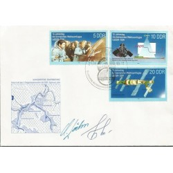 Russian Cosmonauts Space Cover signed by Soyuz Crew members AK79