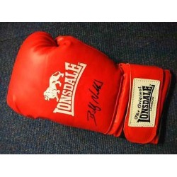 Billy Walker signed full size red Lonsdale boxing glove COAOB25
